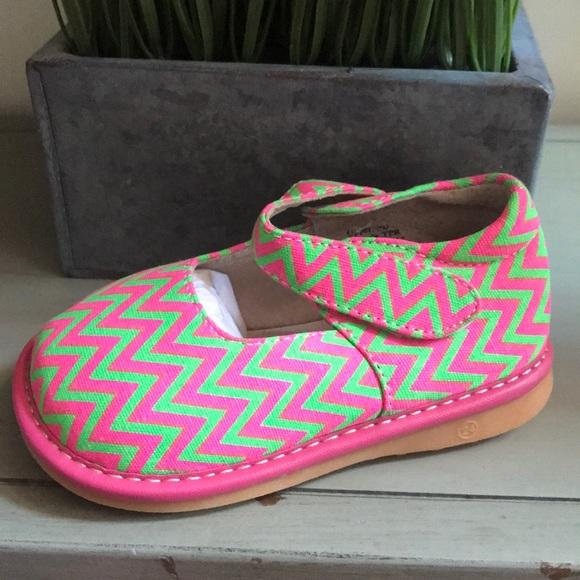 723be6bac0 NWT Laniecakes squeaker Mark Jane shoes